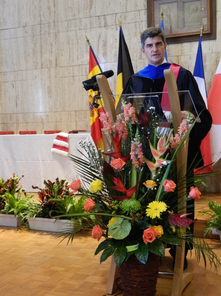 Gogotsi giving Doctor Honoris Causa Speech