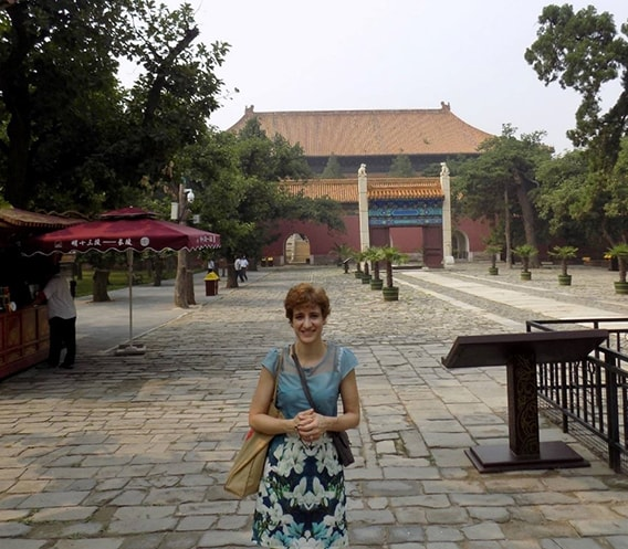 Denise Agosto in China