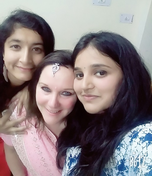 Pink sari party with friends
