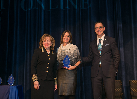 Beth Haas receives distance learning award