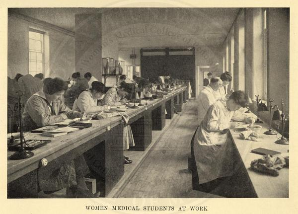 Women medical students working in the lab. (The Legacy Center Archives and Special Collections)