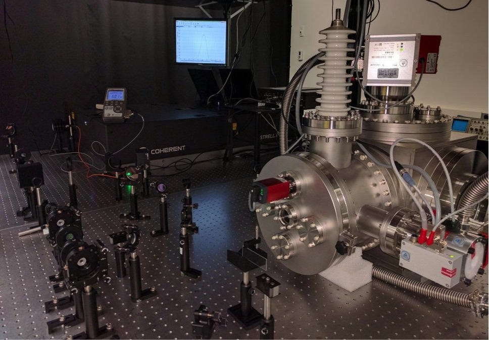 Ultrafast Electron Diffraction System