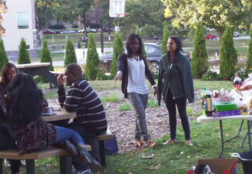 Drexel College of Medicine Student National Medical Association hosted a Bigs/Littles BBQ for Drexel's Graduate Studies students.