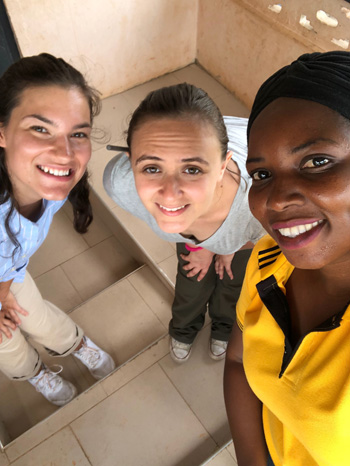 Drexel medical student Maria Perez in Ghana with Unite for Site.