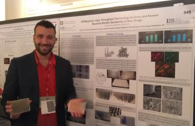 Donald J. Hall, PhD candidate, presenting 'JEKMag Tech: High Throughput Technology to Grow and Assess Bacterial Biofilm Sensitivity to New Drugs' at the 2108 ASM Conference