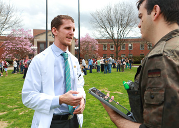 College of Medicine medical students have a supportive network of mentors and advisors.