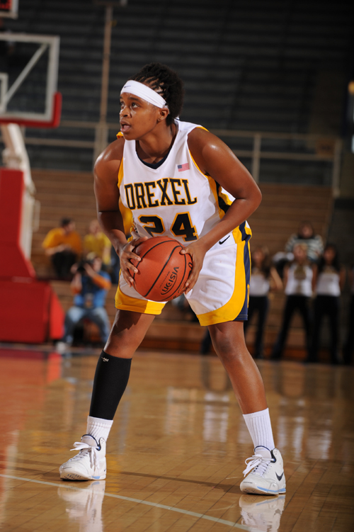 Drexel's Nicole Hester to Receive 2008 V Foundation Comeback Award