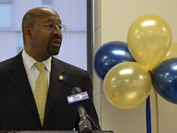 Mayor Nutter Relaunches Program to Help Working Philadelphians Buy Homes