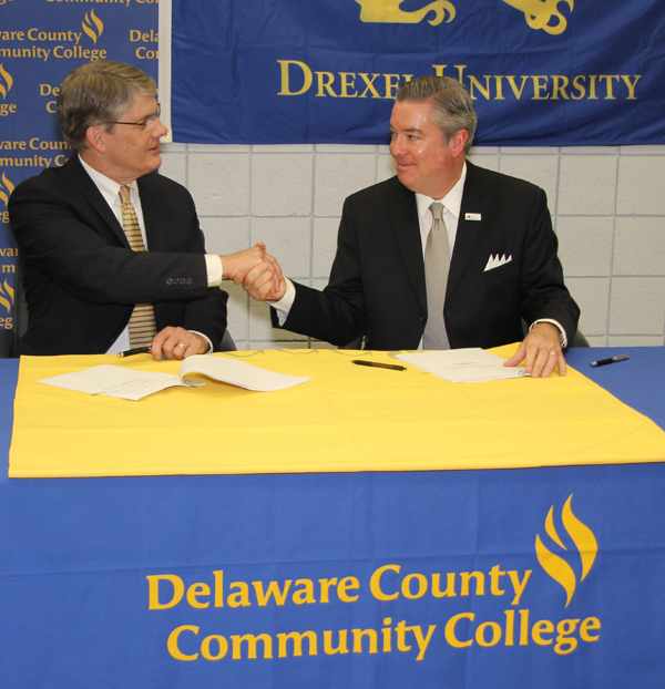DCCC President Jerry Parker and Drexel President John A. Fry
