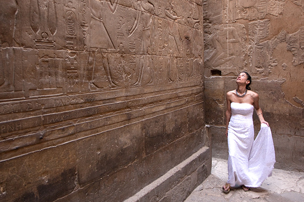 Jennifer Salvage in an Egyptian temple