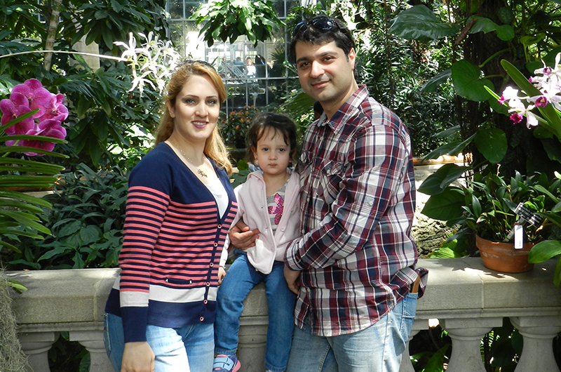 Mohammad Nozari and family