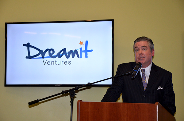 Fry at DreamIt Ventures announcement on Dec. 11, 2013