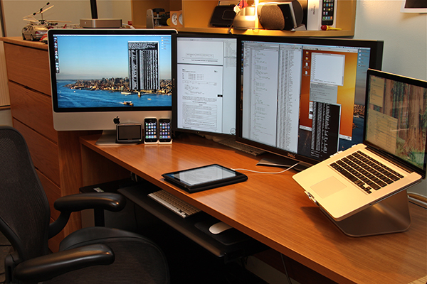 Computer, smartphone and tablet screens