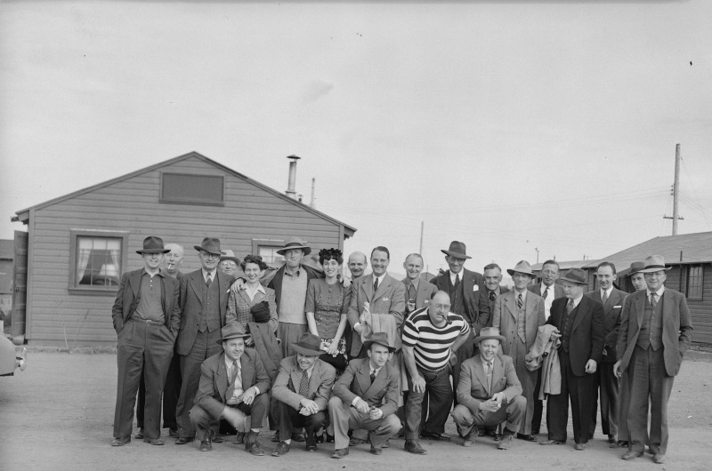 Tule Lake Relocation Center, Newell, California. A group of 19 newspapermen, wire service, and newsreel cameramen, and representatives of OWI [Office of War Information] visited the Tule Lake Relocation Center. This was the first inspection tour granted the press.