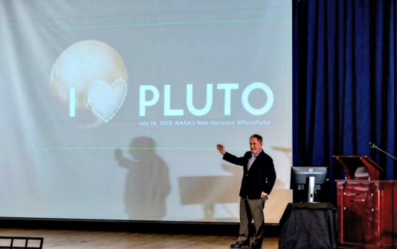 20th Kaczmarczik Lecture speaker S. Alan Stern gestures during his presentation on Feb. 10.