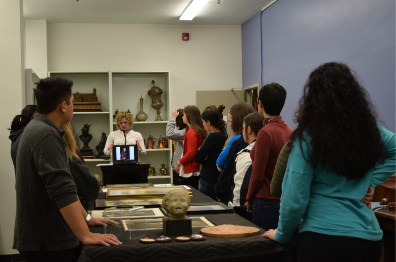 Lynn Clouser, center, director of The Drexel Collection, on a tour of The Drexel Collection to a class of English 101 students.