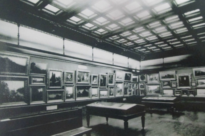 A photograph of the Anthony J. Drexel Picture Gallery after it opened in the early 1900s.