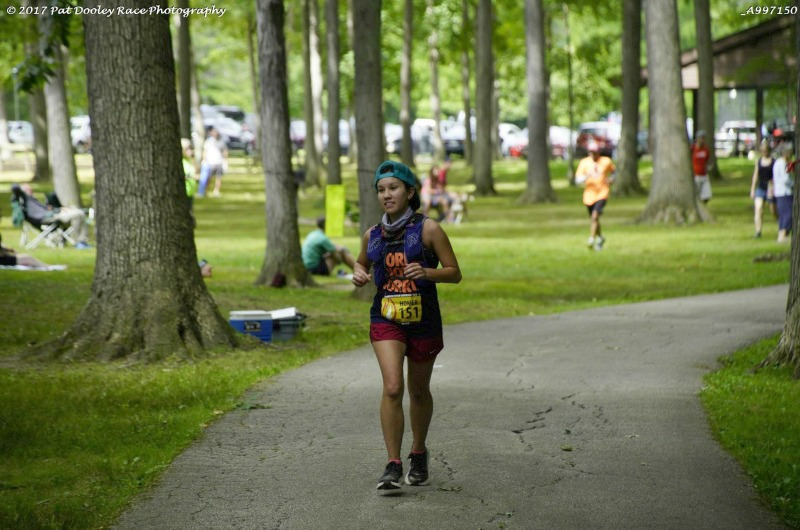 Drexel University College of Medicine student Hong De Sa running a 100-mile race