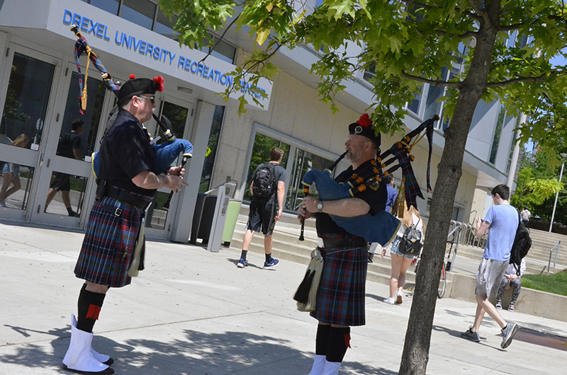 Memorial Day Primer bagpipers