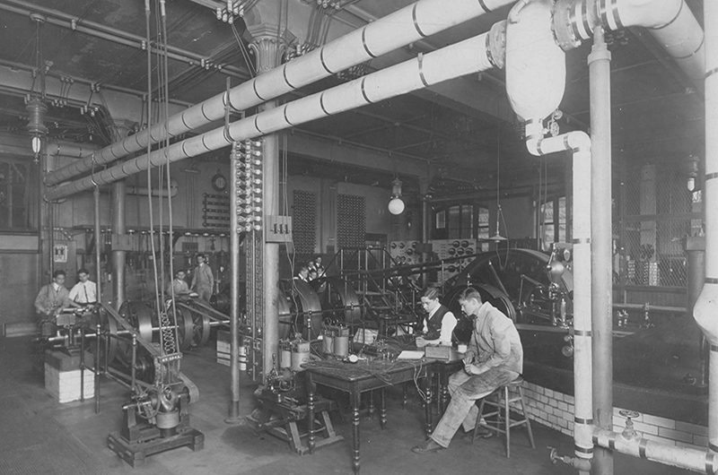 Students in an electrical engineering laboratory circa 1917-1918. Photo courtesy Drexel University Archives.