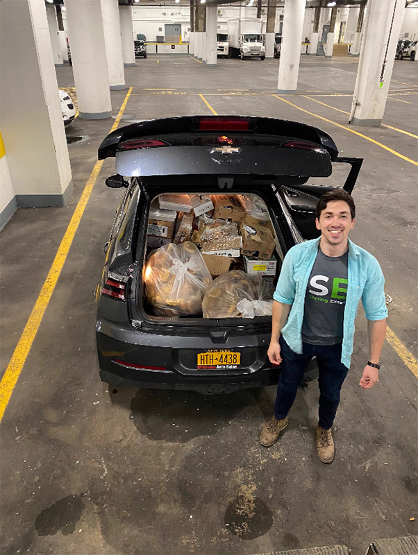 Sharing Excess is Evan Ehlers' full-time job, as well as a source of income for a team of 10 drivers and a source of pride for hundreds of unpaid volunteers.