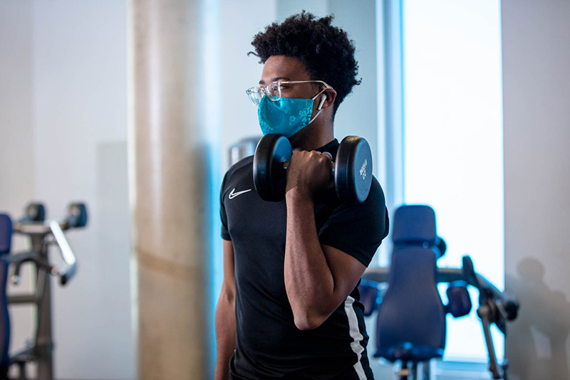 A Drexel student works out in the Rec Center during the fall 2020 term. The Rec Center will open for winter term on Jan. 25. Photo by Ben Wong.